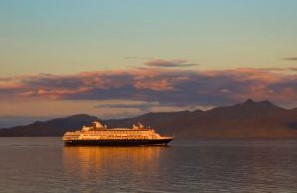 Luxury/Small Ship Cruises