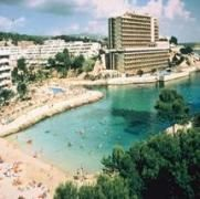 Cala Vinas Beach
