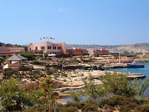 Comino Hotel and Bungalows