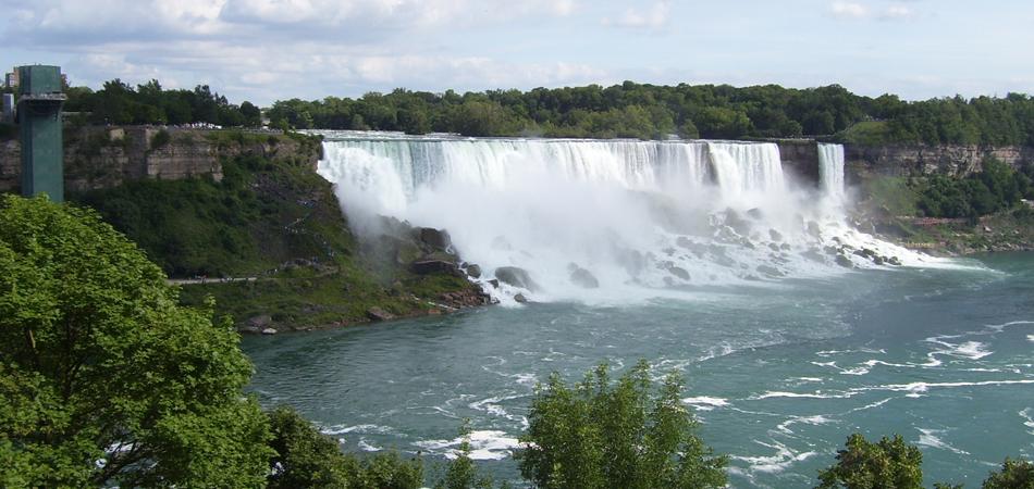 niagara_falls_kanoo_travel