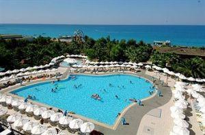 Bedroom Delphin De Luxe Resort Hotel