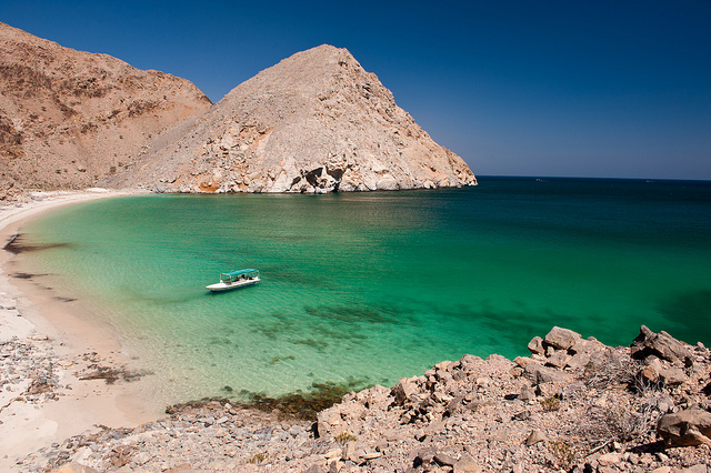 Dibba Tours, Dibba holidays in Oman, Dibba Guides, Oman Holidays