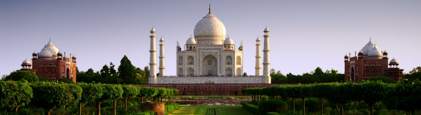 222_05102015_153124_Taj_Mahal_Day_Pan.jpg