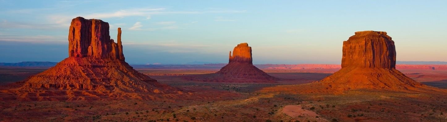 222_05102015_153857_Monument_Valley_Pan.jpg